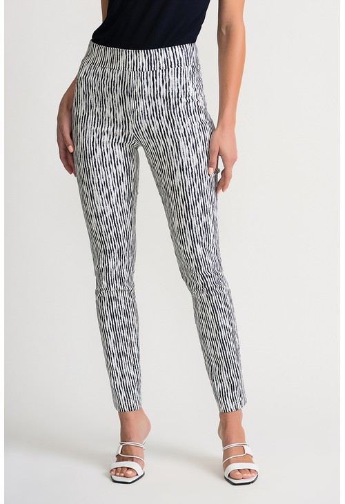 Joseph Ribkoff Wavy striped cropped trousers in off white.