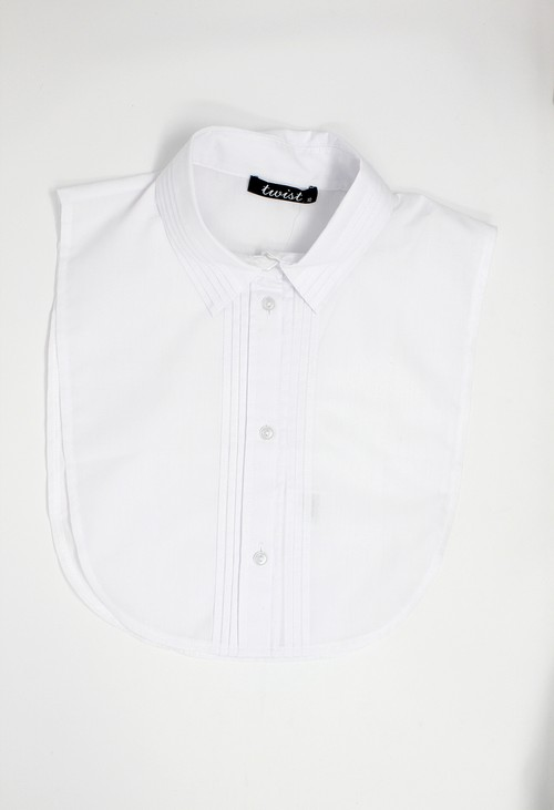 Twist White Pleat Detail Bib Collar