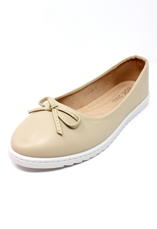 Shoe Lounge Soft Beige Lightweight Pull-on Pump