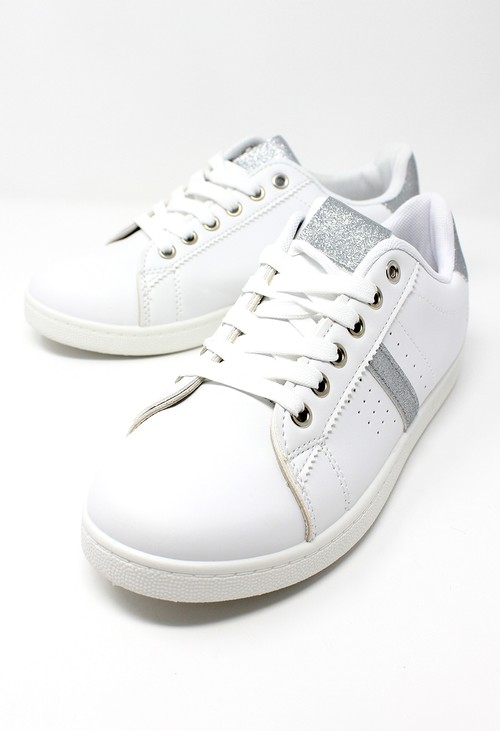 Pamela Scott White with Silver Detail Trainer
