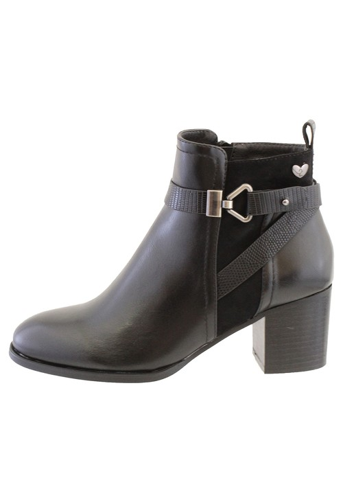Susst Black Leather Look Side Zip Cuban Heel Ankle Boot