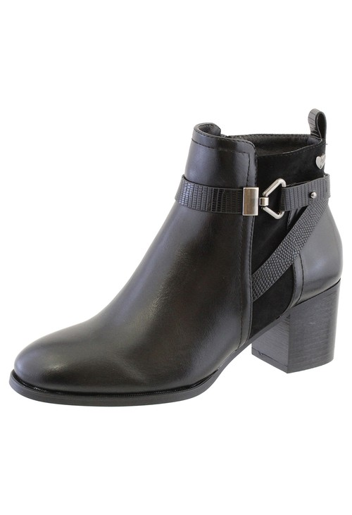 Susst Black Leather Look Side Zip Cuban Heel Ankle Boot