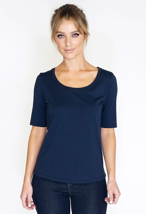 Sophie B SUPER SOFT NAVY BASIC T-SHIRT