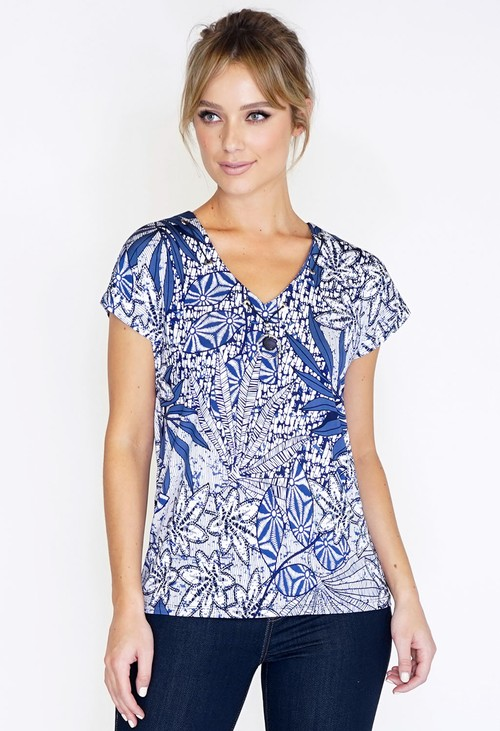 Pamela Scott PRINTED TOP WITH NECKLACE DETAIL