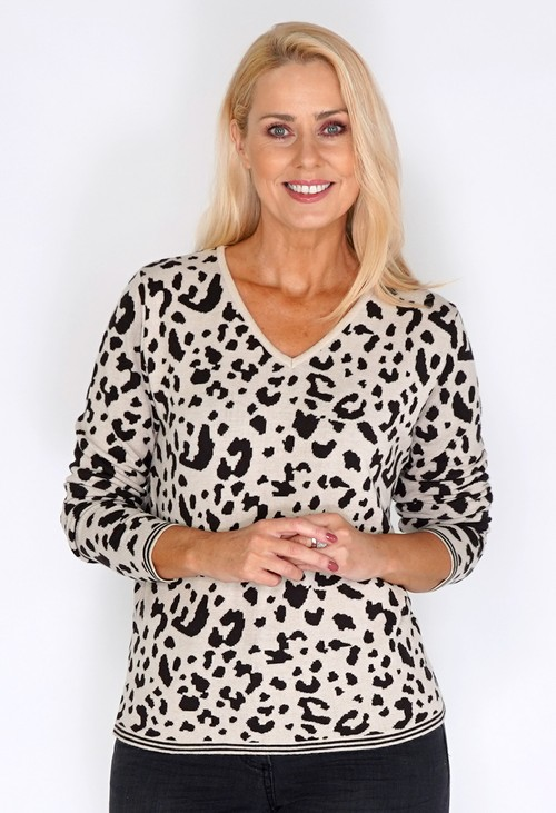 Bicalla Sand Leopard Print Knit Pullover