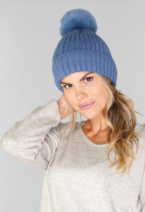 Pamela Scott BLUE BOBBLE HAT
