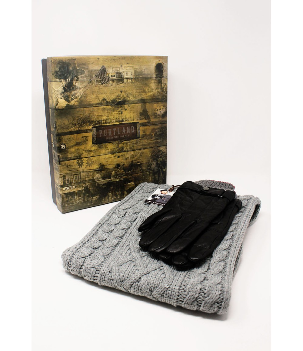 Something Special Men's Grey Scarf and Gloves Set