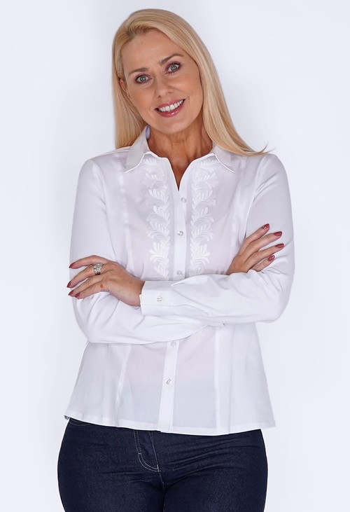 Tinta Style White Shirt with embroidered front