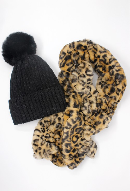 Pamela Scott Pom Pom Hat and Faux Fur Snood Gift Set