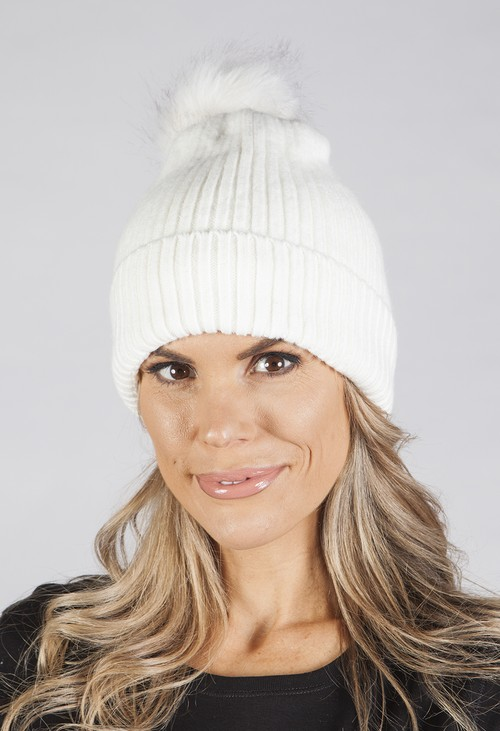Pamela Scott WHITE POM POM HAT