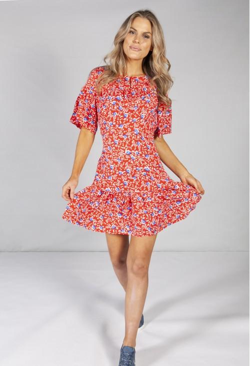 Pamela Scott PETITE FLOWER DESIGN SWING TIERED DRESS