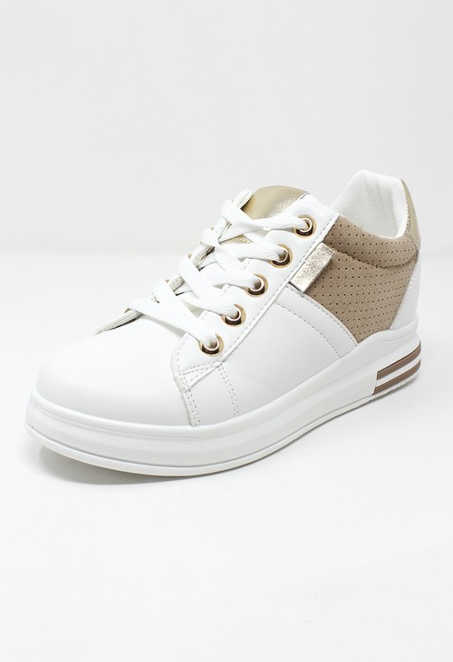 Shoe Lounge White trainer with Gold detail