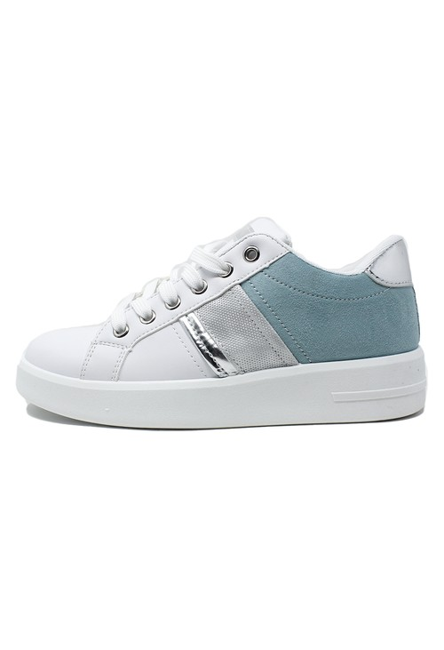Shoe Lounge White trainer with Aqua Marine