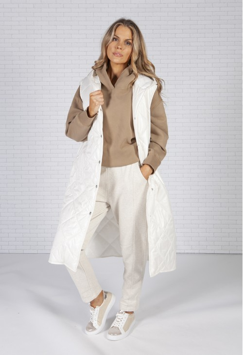 Pamela Scott Longline quilted gilet in off white