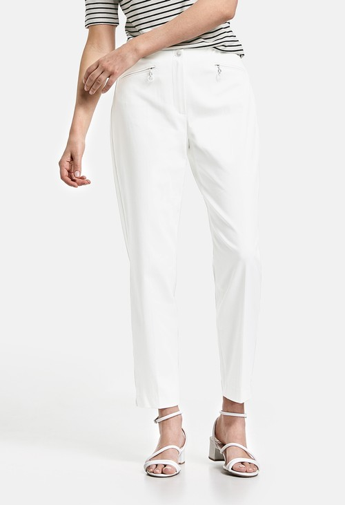 Gerry Weber Cropped trousers in white