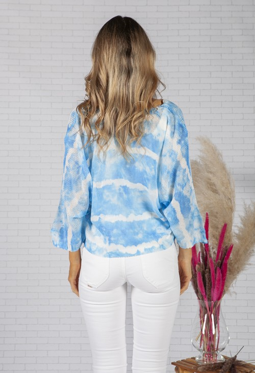 Zapara LIGHTWEIGHT CROPPED TIE DYE KNIT PULLOVER IN CLOUDED BLUE