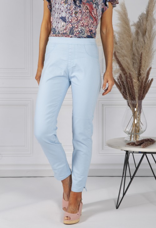 Twist Sky Blue Cropped Pull Up Jeans