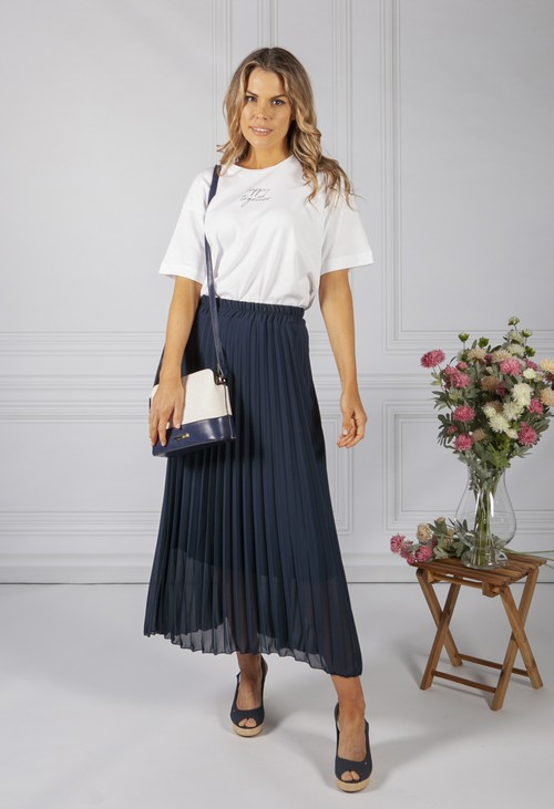Zapara Navy Pleated Skirt