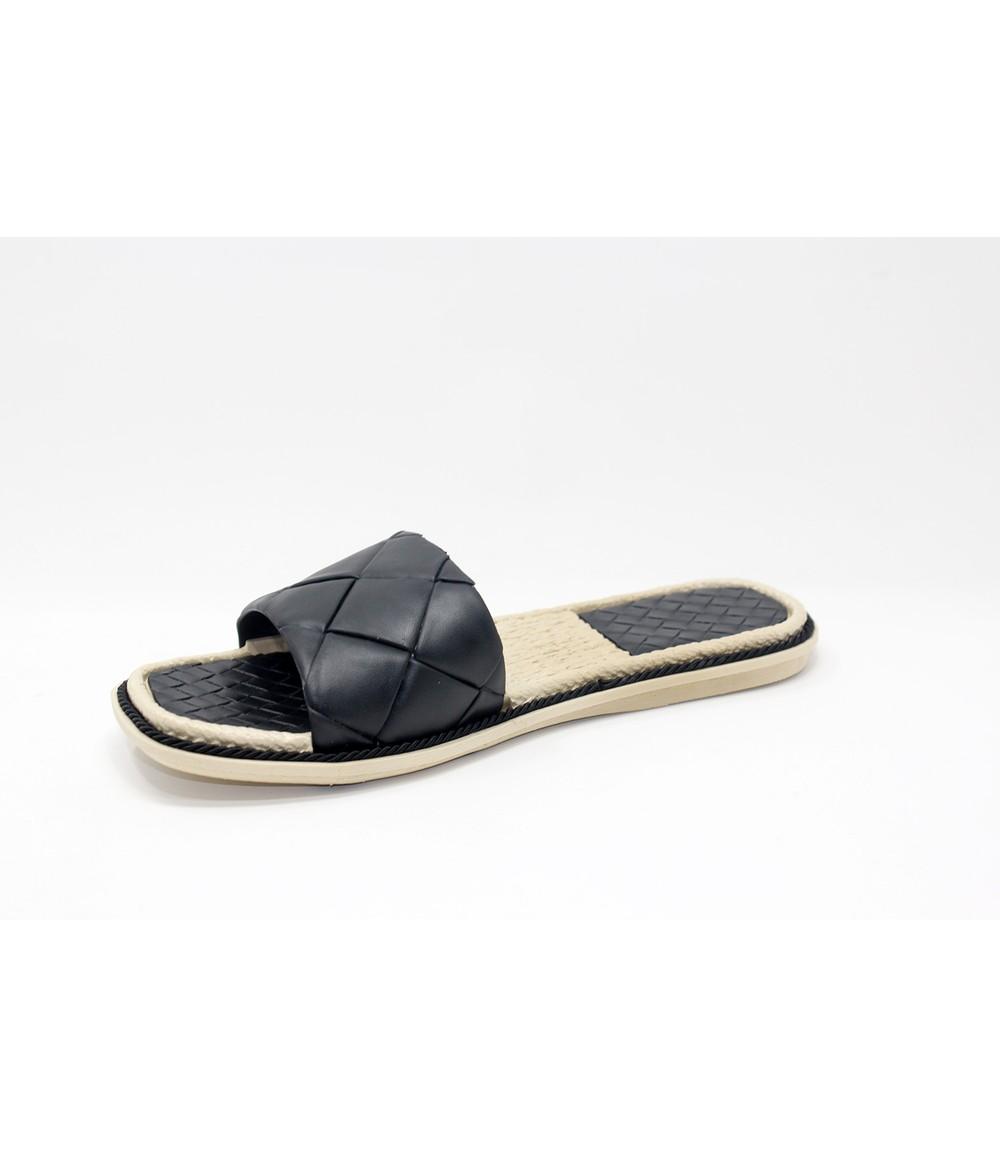 Shoe Lounge Black Quilt Look Slide