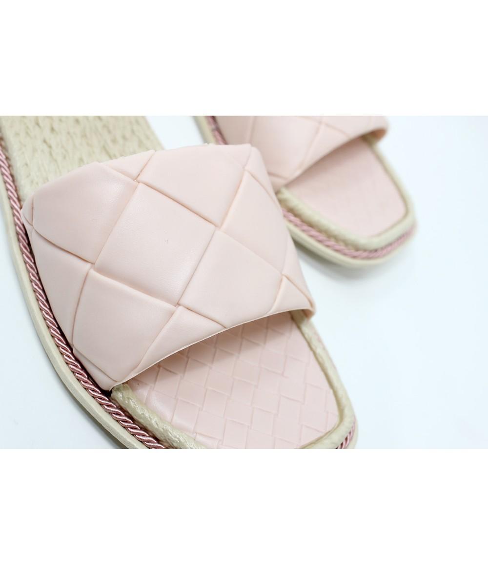Shoe Lounge Pink Quilt Look Slide
