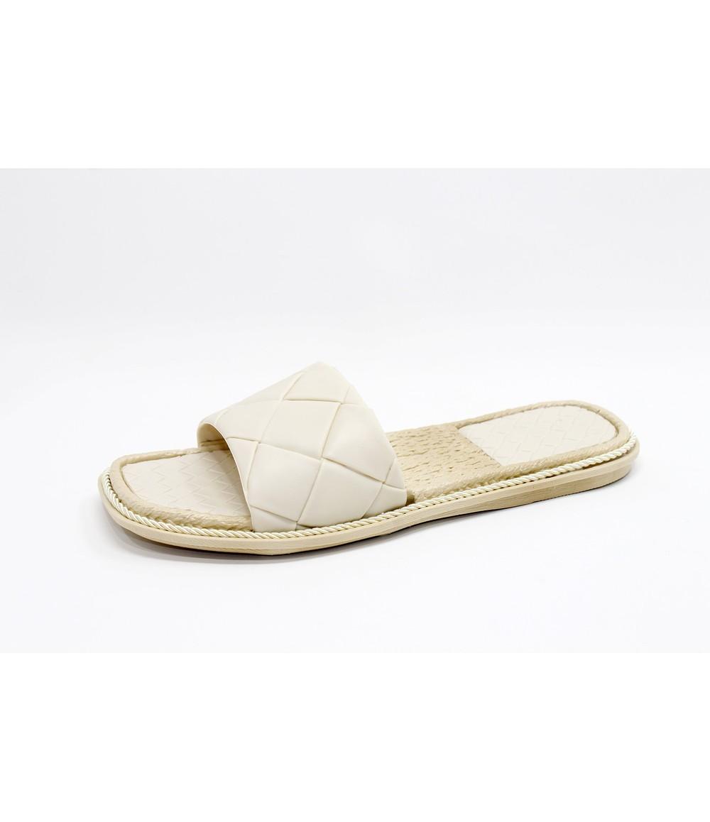 Shoe Lounge Beige Quilt Look Slide