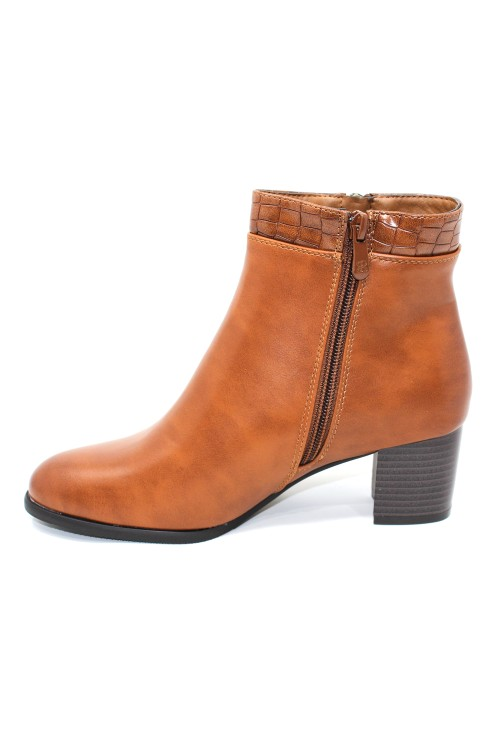 Classic look camel Ankle Boot