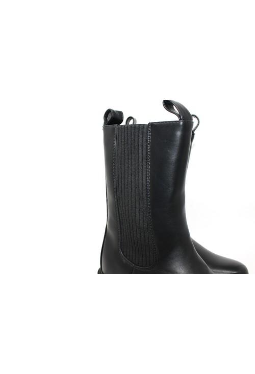 Shoe Lounge ¾ High Zipped Boot