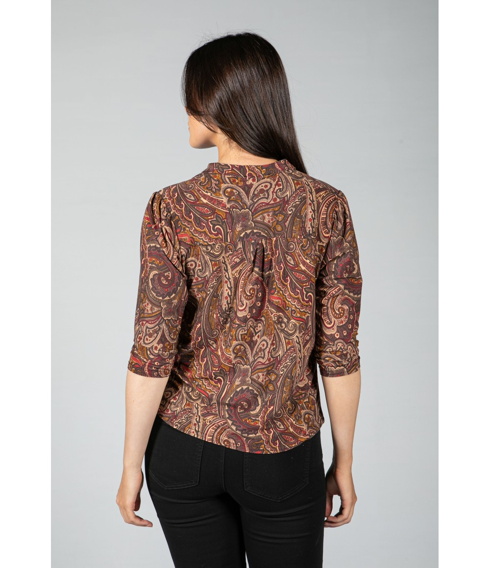 Sophie B Paisley V neck blouse in Maroon