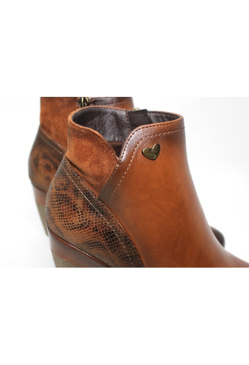 Susst Dressy Wedge Ankle Boot