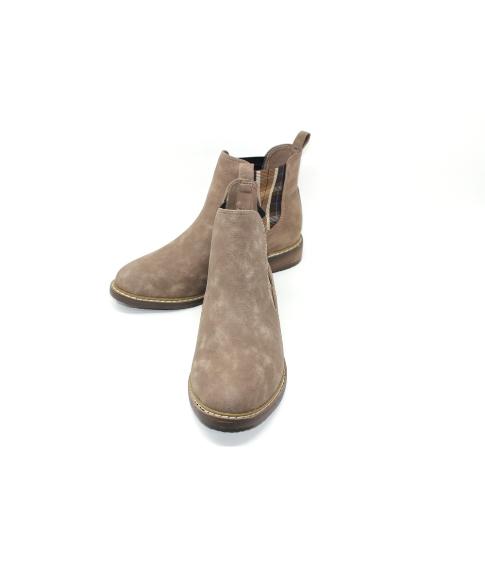 Shoe Lounge Pull-On Chelsea Boot