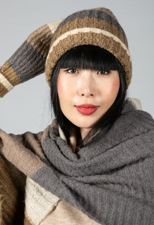 Pieces Colour Block Knit Beanie in Otter