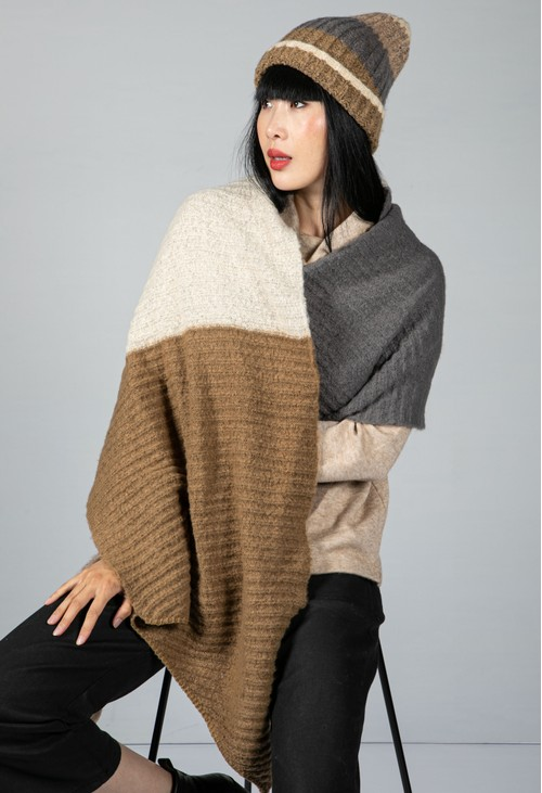 Pieces Colour Block Knit Scarf in Otter