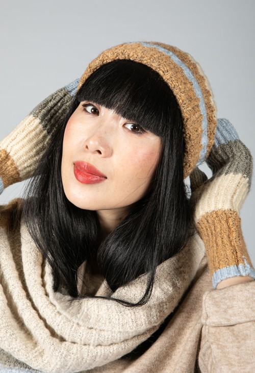 Pieces Colour Block Knit Beanie in Dusted Blue