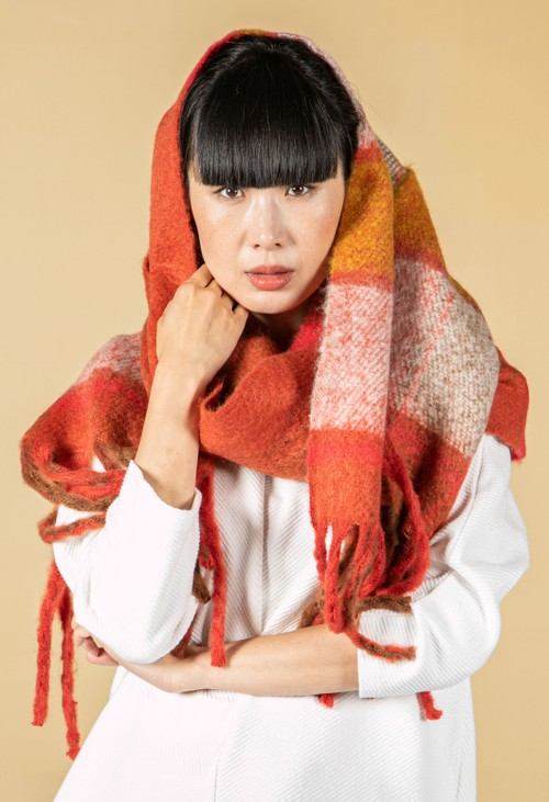 Betty Barclay Cosy Chunky Knit Scarf in Burnt Orange