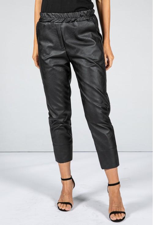 Pamela Scott Leatherette Cropped Trousers in Black