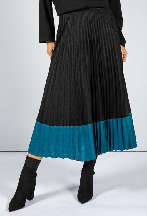 Zapara Soft Feel Fine Knit Pleated Skirt in Black & Teel