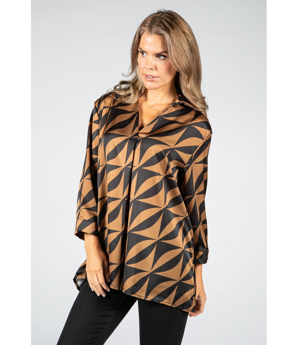 Zapara V-Neck Silk Feel Geometric Print Blouse