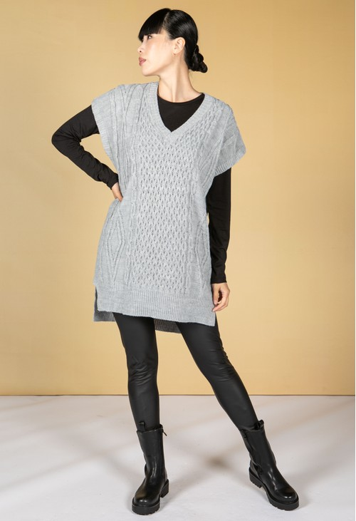 Pamela Scott Oversized Cable Knit Sweater Vest in Cool Grey
