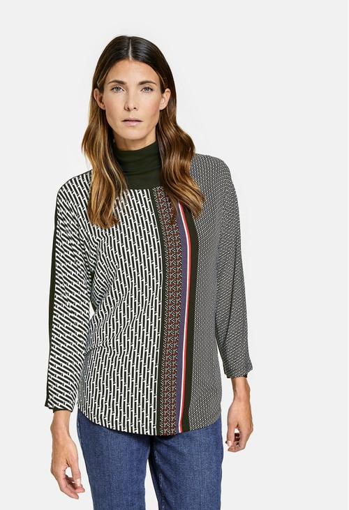 Sleeve Top With Patchwork Pattern