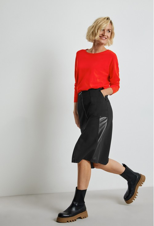 Gerry Weber Skirt with a Decorative Zip