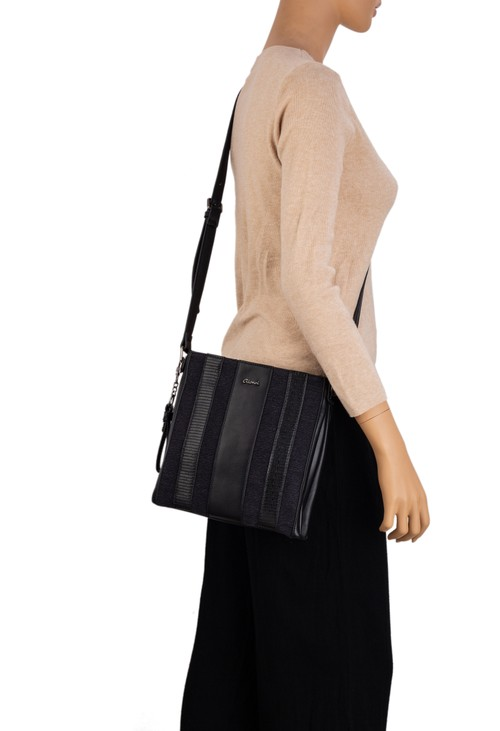 Gionni Capri Textured Xbody Bag