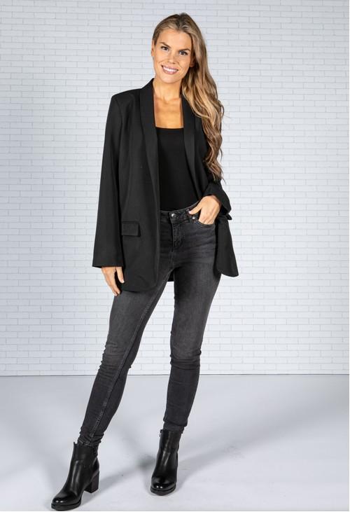 Zapara Open Blazer in Black