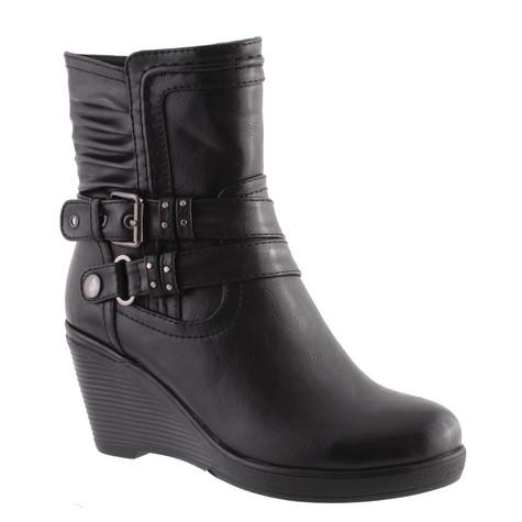 Susst Black Wedge Style Ankle Boots