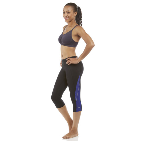 Marika Colbolt and Black Ava Asteroid Capri Legging