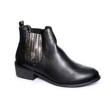 Suredelle Black Smooth Chelsea Boots