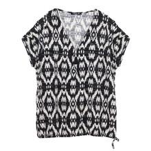SophieB Black & White Pattern Zip Detail Top