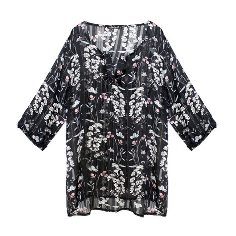SophieB Light Black Floral Print Tunique Top
