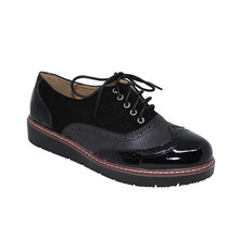 Tony & Co. BLACK LACE UP BROGUE - SALE €20