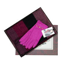 Something Special Pink Glove & Scarf Gift Set