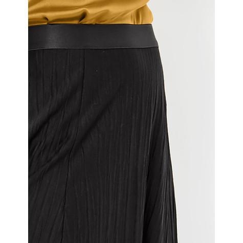 Gerry Weber Pleated skirt in a midi length